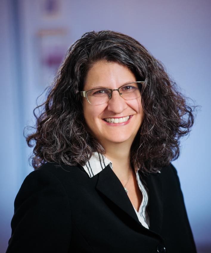 Member attorney biography profile for Ellen Renaud